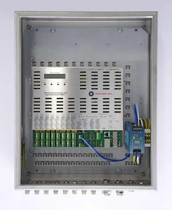 VDAU-6200 in a junction box